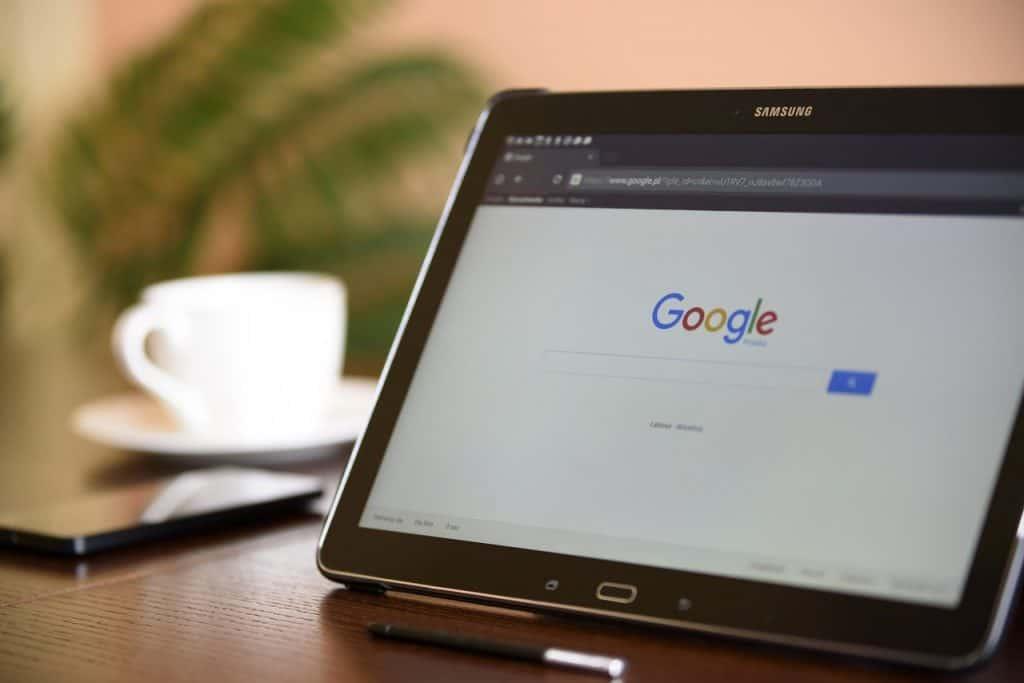 טאבלט עם מסך גוגל